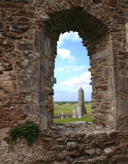 clonmacnoise monastary view of round tower